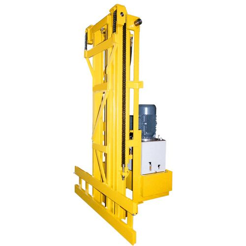 Vertical telescope load capacity 1.5t x 1000 mm LC stroke 4100 mm with fork tilting +5°/-1° hydraulically use on indoor cranes
