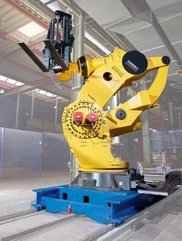 WINKEL RLE linear axis with Fanuc robot
