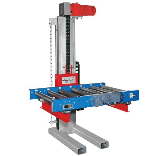 Pallet lifter with powered chain conveyor ·  hydraulically or electro-mechanically powered ·  load capacity up to 8t ·  lift height up to 30m\100 ft ·  for continuous use