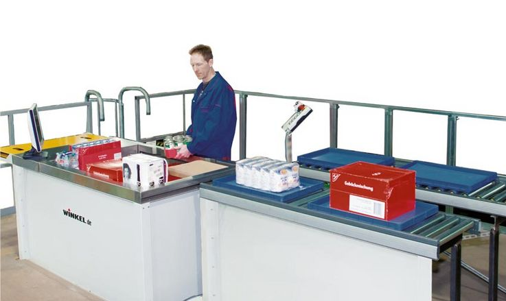 FAST PICK Station – Innovative commissioning system for pallets ·  manual or automatic commissioning on pallets  load will be secured and packed with a plastic wrapping unit for transport lowering and further transport