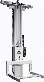 SPEED + SILENT linear guides with stand by drives for max. availability and locking devices for carriagedifferent versions for loads 0.2t ·  0.5t ·  1.5t