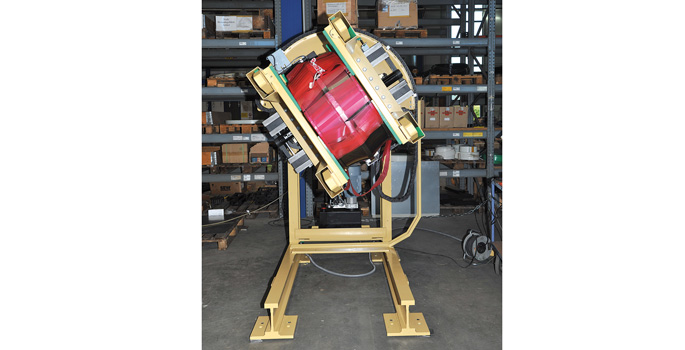Lift and turning unit MHD 500 · load capacity : 500 kg at 1.000 mm Lc · lifting + turning : electro-hidraulically U=400 V · 50 Hz · operation : operation panel